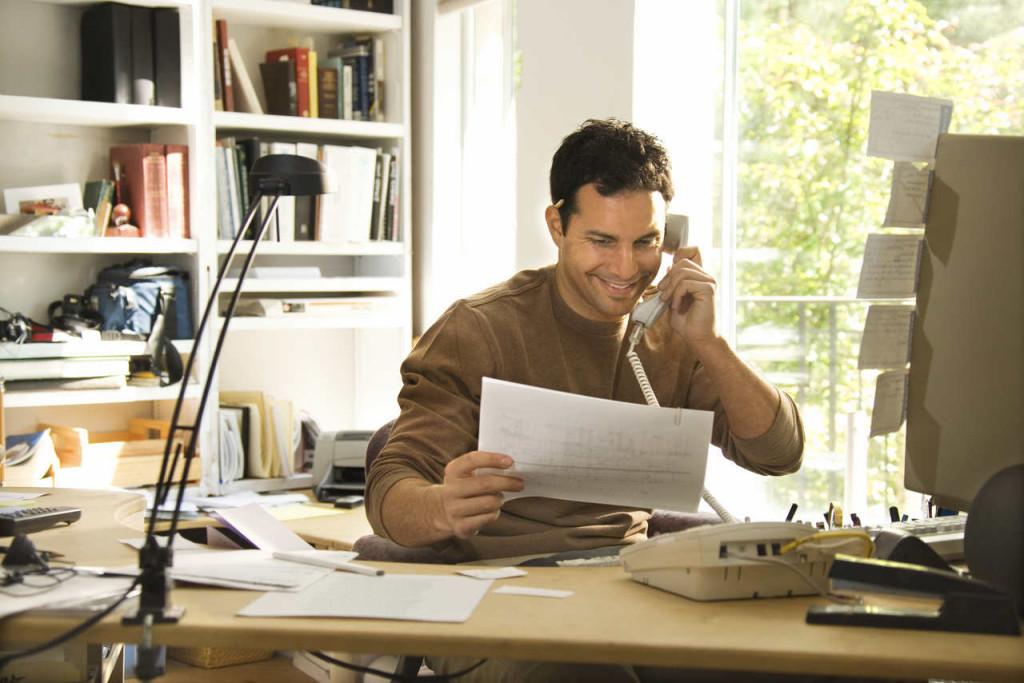 ¿Eres autónomo y trabajas desde casa? Estos son los gastos deducibles